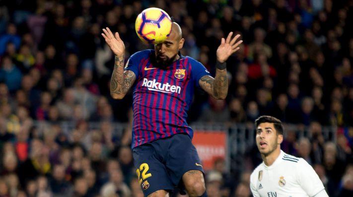 Elogios en España para Vidal tras empate del Barcelona ante el Madrid