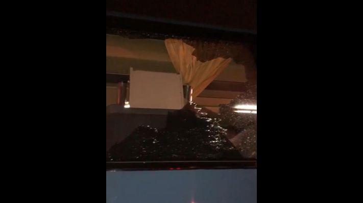 Hinchas de Melgar atacaron bus del charter de la U