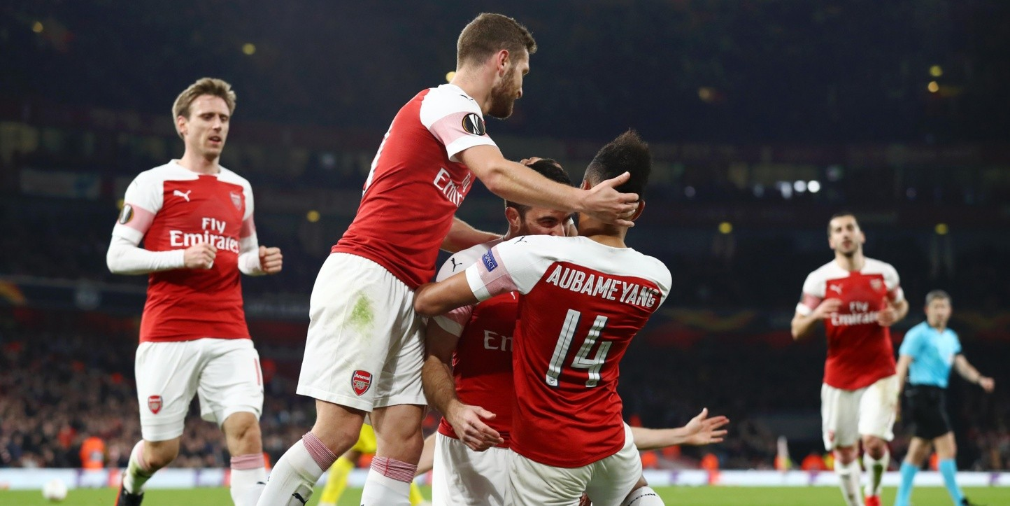 Arsenal avanzó en la Europa League