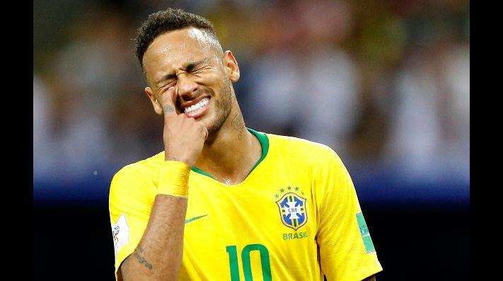 FÚTBOL: Fuertes críticas a Neymar por sus imprudentes actos durante Carnaval