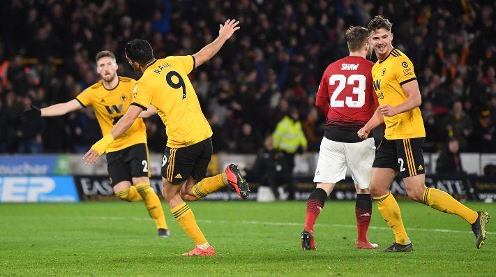 Rául Jiménez y los Wolves ahogan al Manchester United