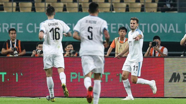 Sin Suárez y Cavani, Uruguay venció 3-0 a Uzbekistán