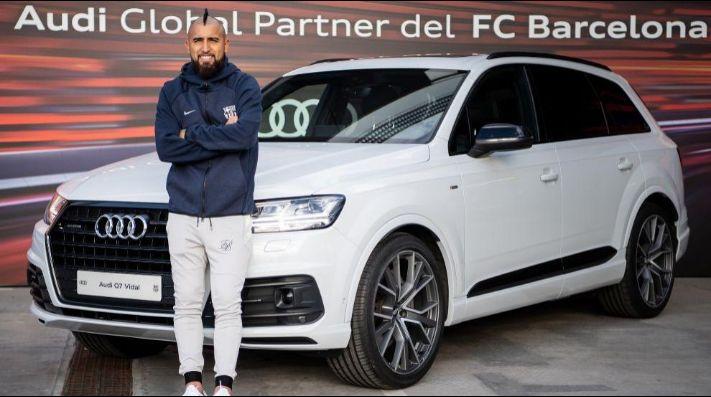 El lujoso auto que recibió Arturo Vidal como jugador del Barcelona
