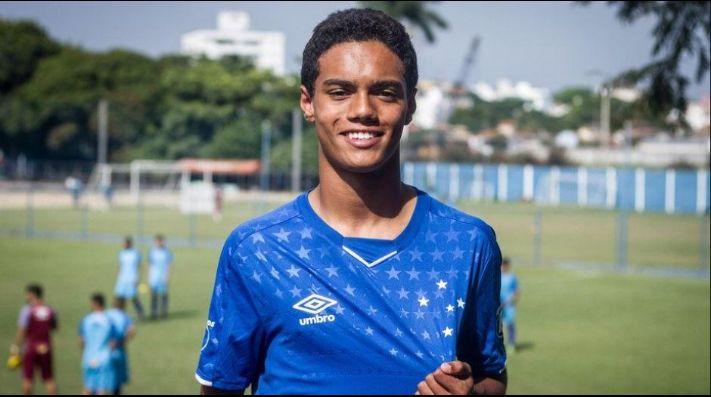 Fútbol: Hijo de Ronaldinho Gaucho ficha por Cruzeiro