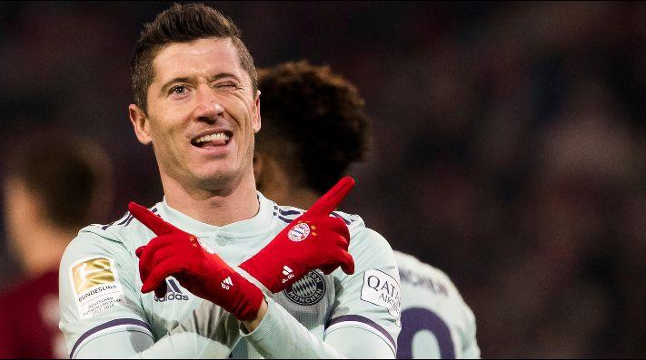 Lewandowski tiene ofertas de PSG y United, según Kicker
