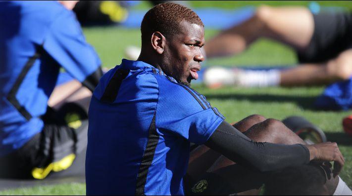 Raiola sigue presionando al Manchester United: