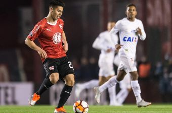 Gato Silva no se movería de Independiente (Foto: Getty Images)