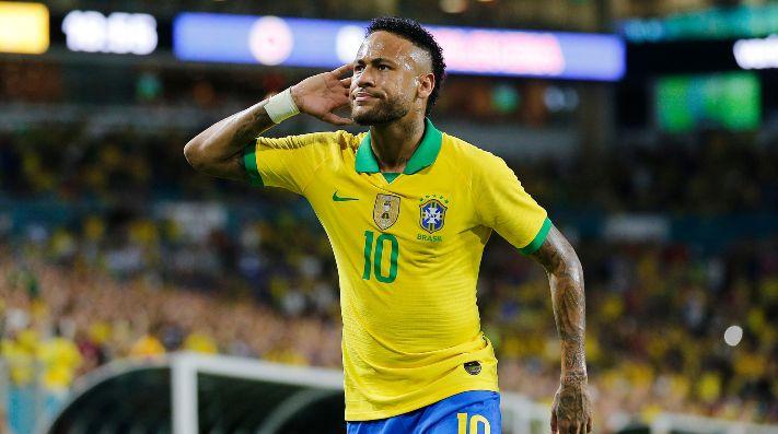 Neymar reaparece y salva el invicto de Brasil