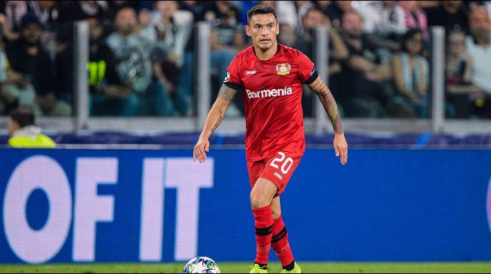 Charles Aránguiz sufre lesión por el Leverkusen y preocupa a la