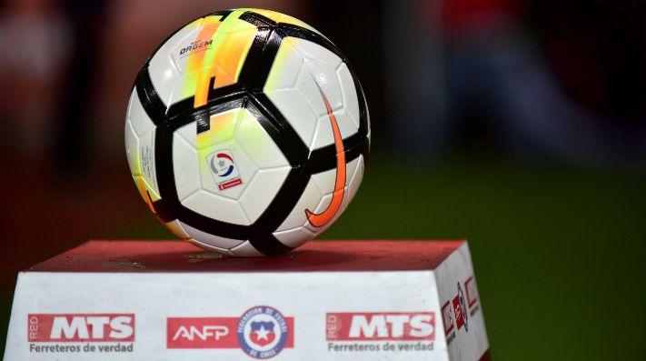 Barras bravas amenazan con boicotear regreso del fútbol nacional