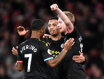 El City vence al Arsenal y acorta distancia con el Liverpool