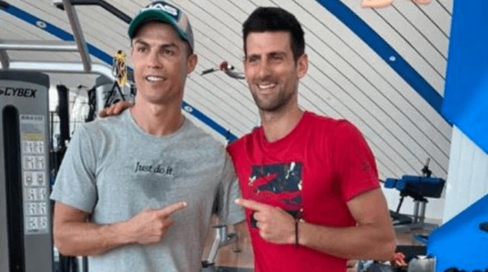 Cristiano Ronaldo le da clases de salto a Novak Djokovic