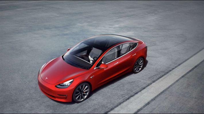 Revelado un posible boceto — Tesla Model C