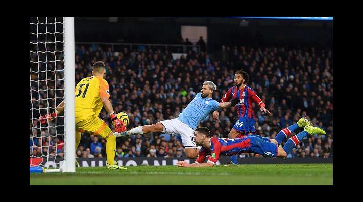 Kun Agüero se convirtió en el cuarto goleador histórico de Premier League