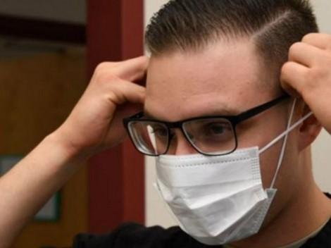 Video: Truco para que no se empañen tus lentes al usar mascarilla