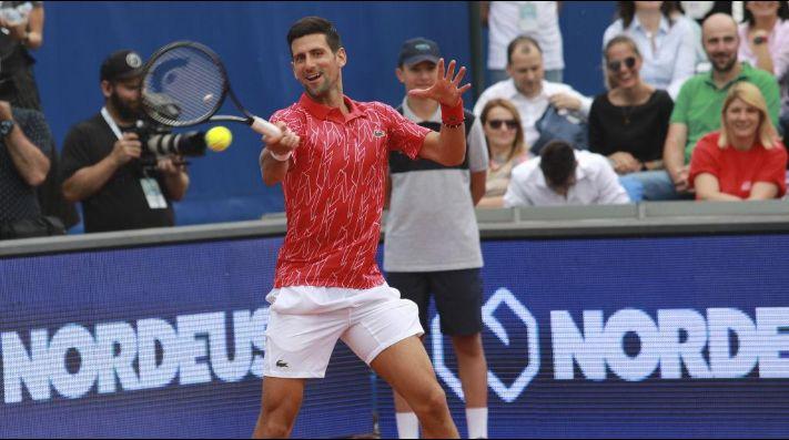 Tenis.-Novak Djokovic da negativo en un test y supera el coronavirus