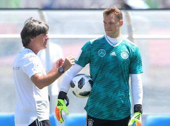 Low le daría el Balón de Oro a Neuer