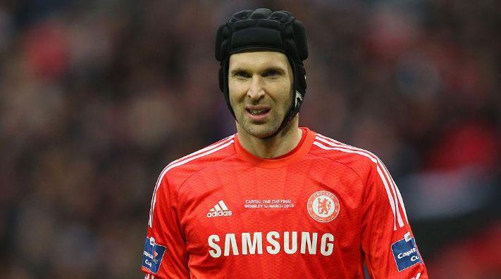 Fútbol.- El Chelsea inscribe al exportero Petr Cech en la Premier League