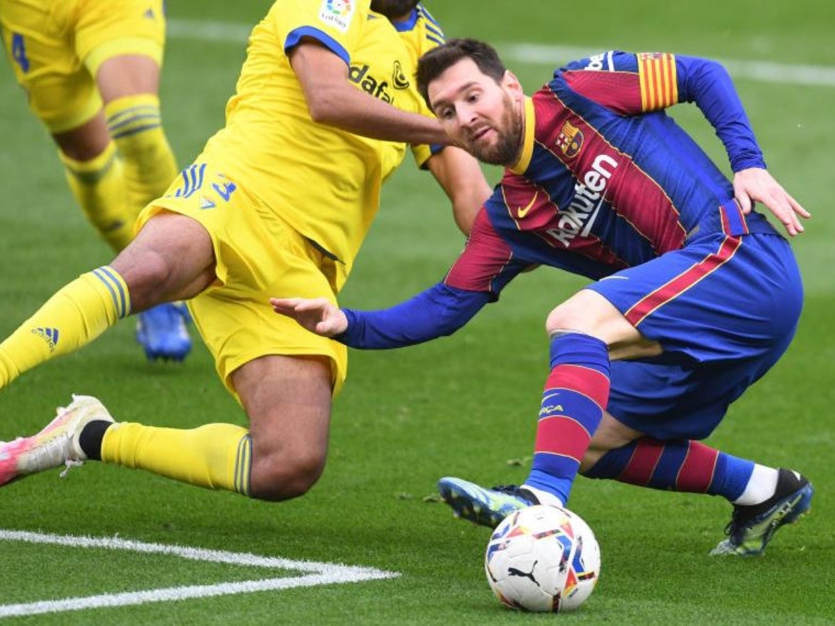 Barcelona vs Cádiz: Lionel Messi marca de pena en el empate 1-1 entre Barca  y Cádiz y suma 38 equipos a quienes le ha marcado goles en La Liga de  España