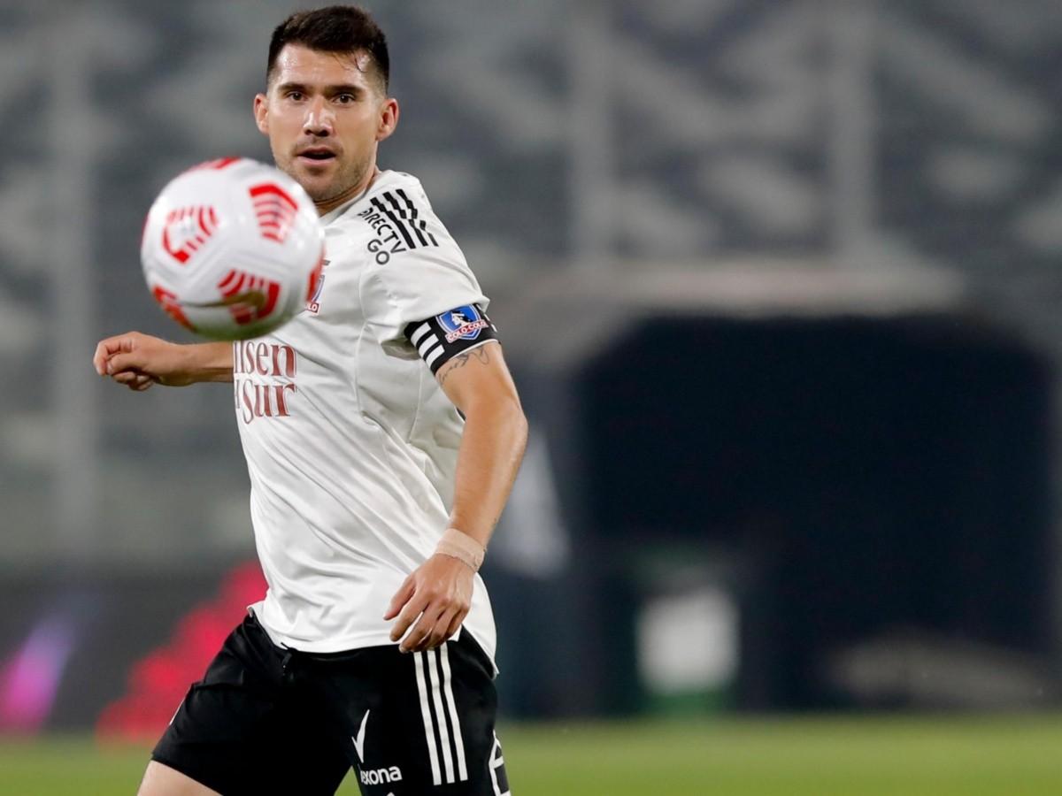Colo Colo | César Fuentes está orgulloso por portar la jineta de capitán en  el Colo Colo - Palestino | RedGol