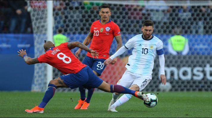 Leo Messi destacó las virtudes de Chile ad portas del partido que enfrenta a la Roja con Argentina.