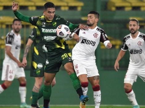 Con Isla, Flamengo derrota a Defensa y Justicia