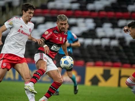 Mauricio Isla no pudo evitar la goleada del Flamengo