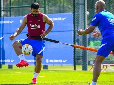Koeman descarta que Kun Agüero quiera salir de Barcelona