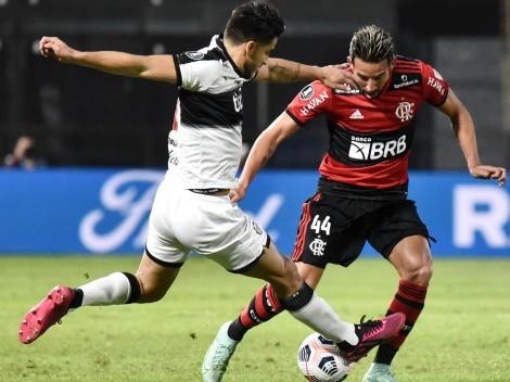 El VAR es protagonista y Mauricio Isla celebra con Flamengo