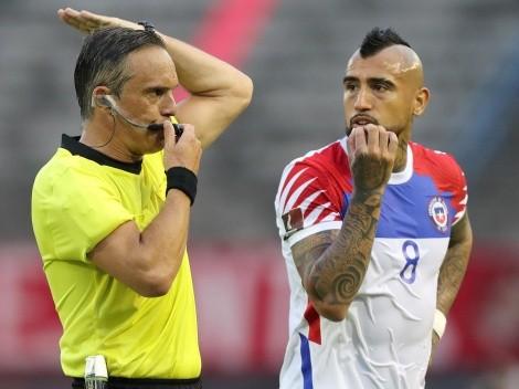 Conmebol le cae a Chile: multa tras dichos de Vidal y el peluquero