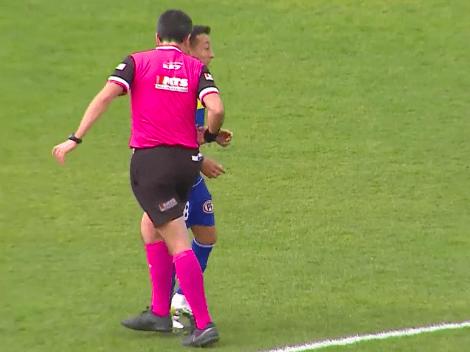 Video: ¡Insólito! Sagredo recibe agresión de árbitro con su silbato