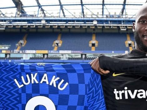 Romelu Lukaku toma la mufada camiseta 9 del Chelsea