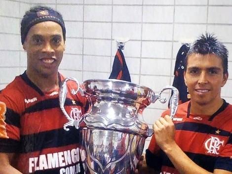 Gonzalo Fierro invita a Ronaldinho a su despedida del fútbol