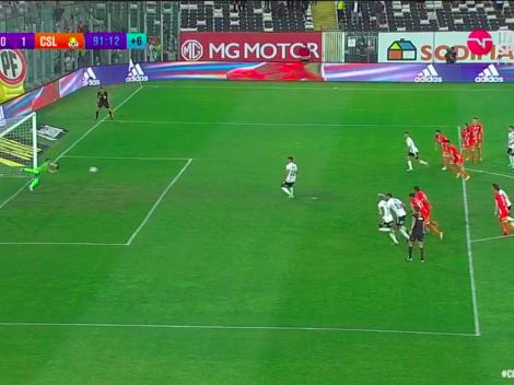 Iván Morales corta su racha y falla un penal para Colo Colo