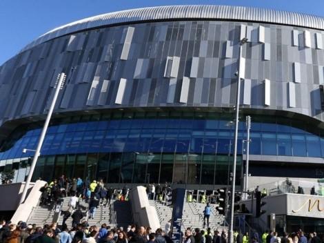 Incendio en estadio de los Spurs: bomberos evacúan 300 personas