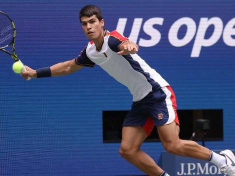 Alcaraz da el golpe y vence a Tsitsipas en el US Open