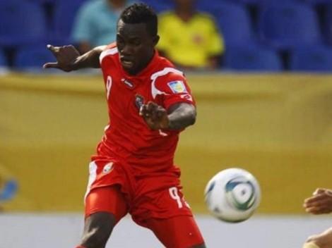 Cecilio Waterman apoya a Everton desde Jamaica