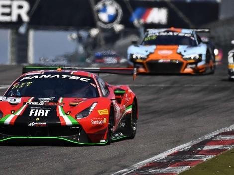 Pinchazo arruina la carrera de Benja Hites en Nürburgring