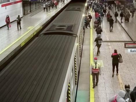 ¿Hasta qué hora funciona el transporte público en Santiago?