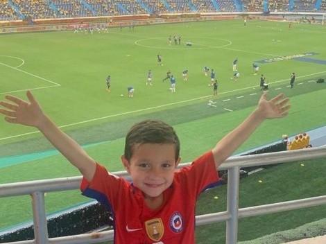 Padres de pequeño hincha de la Roja cuentan cómo vio al equipo en Colombia