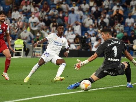 Vinicius se pone en modo Dios y enloquece al Bernabéu