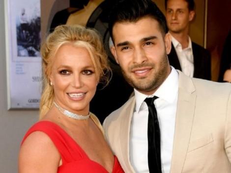 Britney Spears revela que está comprometida con Sam Asghari