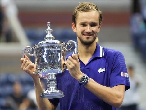 Medvedev tumba a Djokovic y arruina su Grand Slam