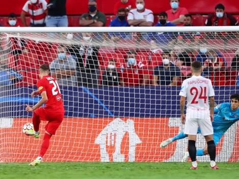 Cuatro penales en primer tiempo entre Sevilla y Salzburgo