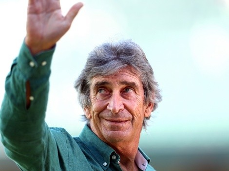 Hinchas del Betis le cantan Cumpleaños Feliz a Pellegrini