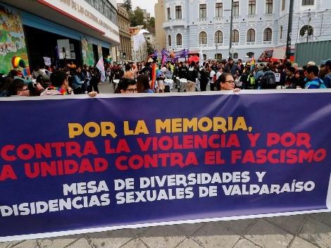 Pareja sufre brutal agresión por en hotel en Santiago