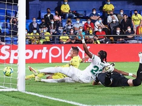Villarreal golea al Elche con Enzo Roco titular todo el partido