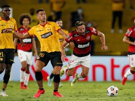 """En Brasil """"imitan"""" al Huaso Isla tras su partido en Flamengo"""