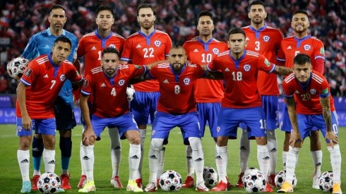 Medel vuelve tras suspensión y Charles Aránguiz deja su lugar a Marcelino Núñez en la formación titular que ensayó Chile para el duelo ante Venezuela por la 12a fecha de las Eliminatorias Qatar 2022