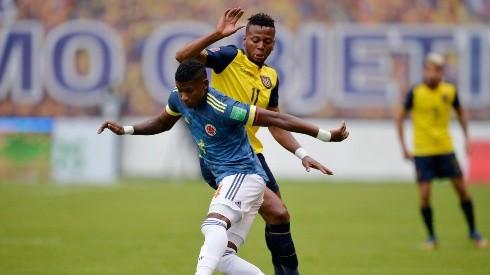 Ecuador buscará volver al triunfo ante una Colombia que espera escalar a la zona de clasificación directa, en un duelo para mirar de reojo antes de la Roja.